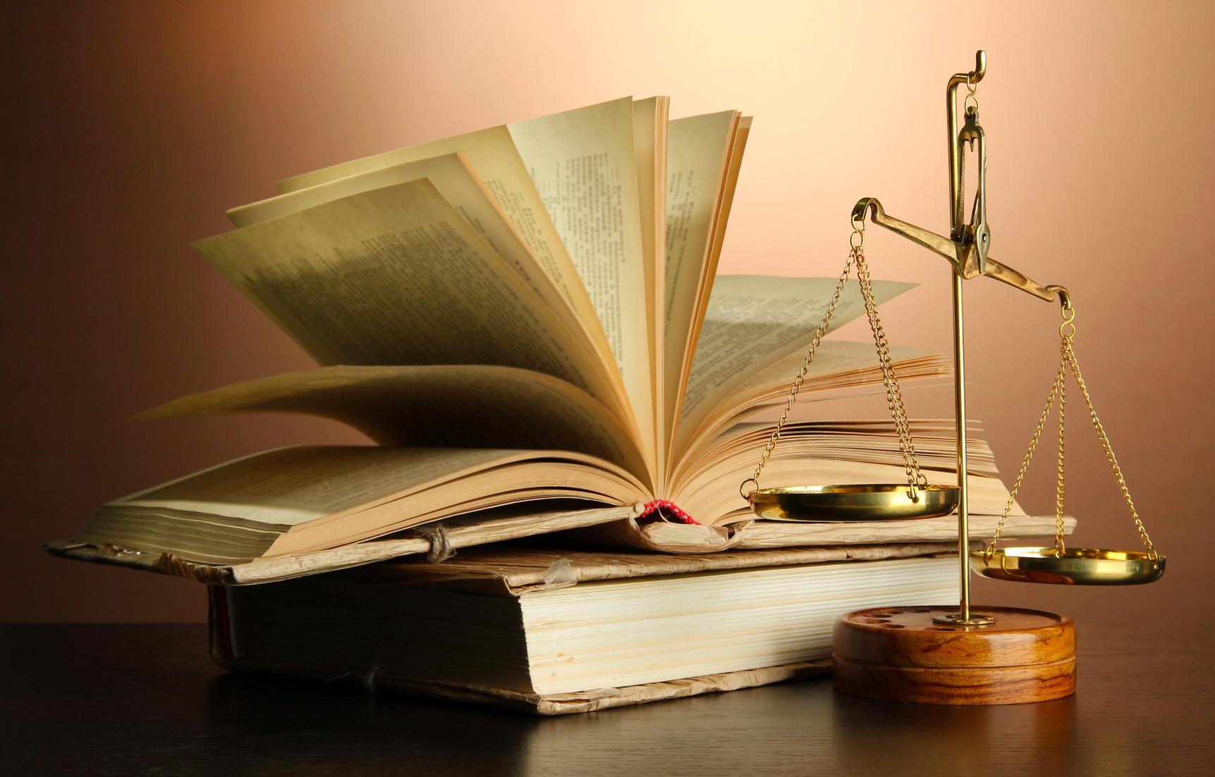 Gli obblighi legali e fiscali per aprire un sito web